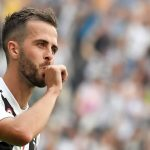 Miralem Pjanic signing new Juventus contract amid exit rumors